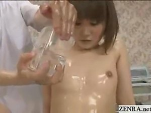 Naked Japan teen schoolgirl has spread eagle massage